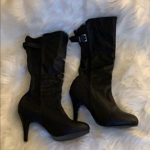 Shoes - NWOT Black boots with 3 inch heel.